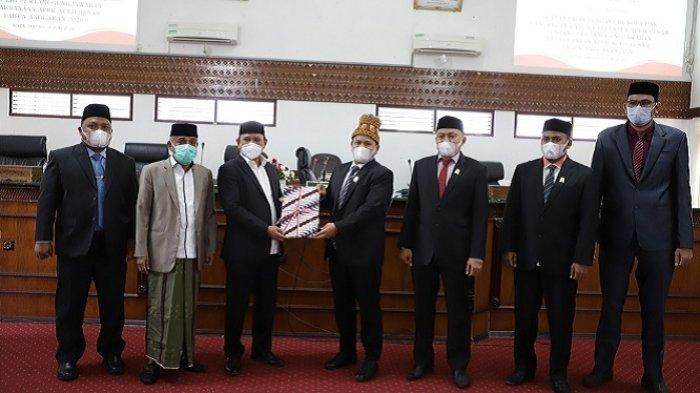Bupati Aceh Besar Sampaikan Raqan Pertanggungjawaban APBK, SILPA 2020 Rp 100,21 Miliar