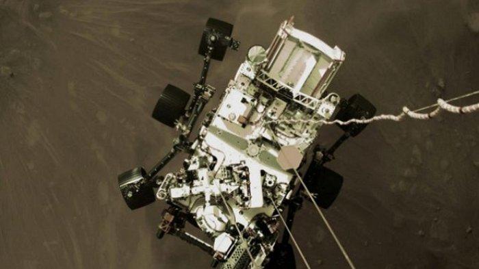 Penjelajah Mars NASA Tidur Siang Sebelum Cari Helipad, Terbangkan Helikopter di Planet Merah