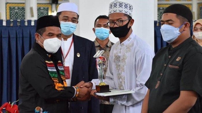 Bupati Bener Meriah Hadiri Penutupan Pekan Tilawatil Quran (PTQ) Ke-51 RRI Takengon