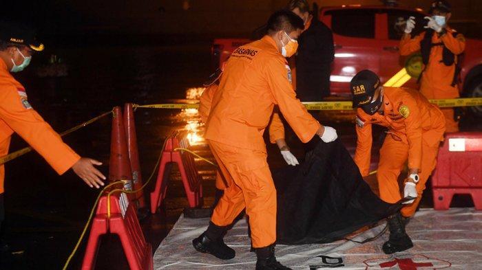 Sejumlah Potongan Tubuh Penumpang Sriwijaya Air SJ182 Ditemukan Tim Penyelam