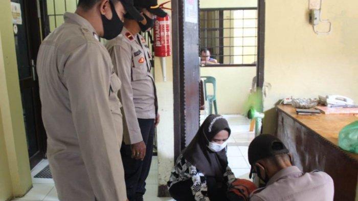 Cegah Penyusupan, Barang Bawaan Pengunjung Tahanan di Mapolres Simeulue Diperiksa dengan Ketat