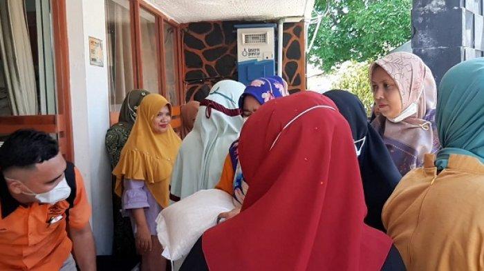 30.644 Penerima PKH Pidie Mendapatkan Beras PPKM, Penyaluran di Kantor Camat