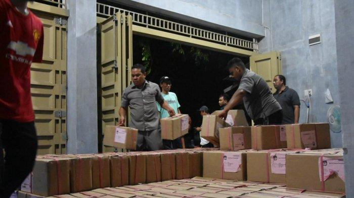 160.570 Surat Suara Presiden dan DPD Tiba di Banda Aceh