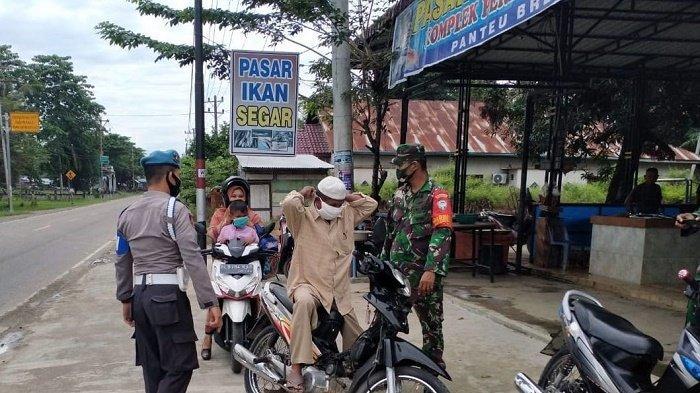 Polisi dan TNI Kembali Sasar Pasar dan Warung Kopi untuk Ingatkan Warga