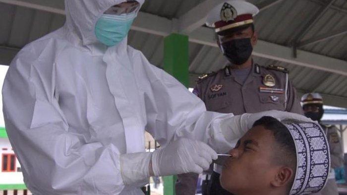 Santri Dayah Mini Aceh Diswab Antigen