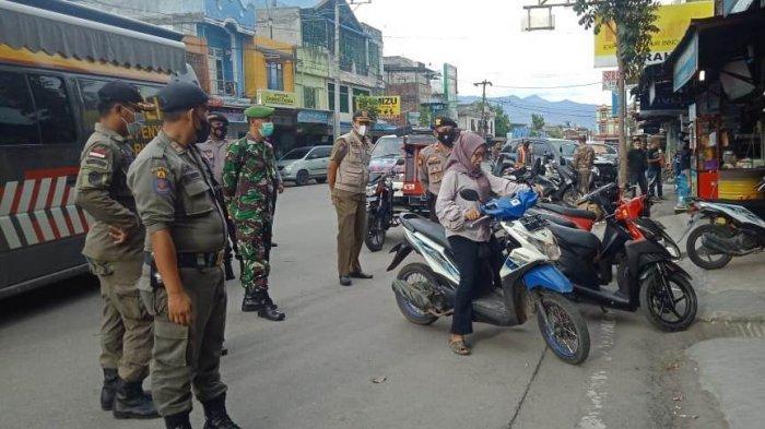 Satpol PP Tertibkan Pedagang di Aceh Tengah yang Masih Berjualan Jelang Shalat Jumat