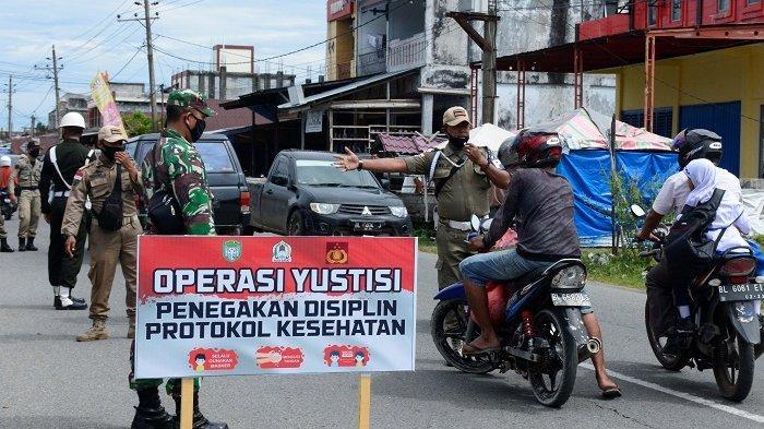 Siswa hingga PNS Terjaring Razia, Pelanggar Protkes Disuruh Nyanyi Indonesia Raya