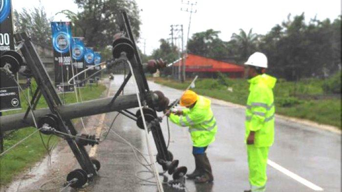Petugas PLN Kehujanan, Perbaikan Listrik Terhenti