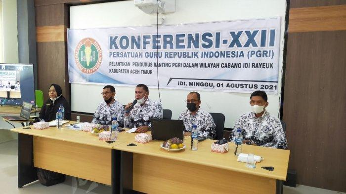 100 Pengurus Ranting PGRI se Aceh Timur Dilantik
