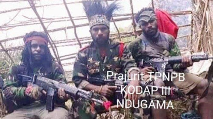Video Terbaru KKB Papua Muncul di YouTube, Tenteng Senjata Api dan Perlihatkan Bom dari Luar Negeri