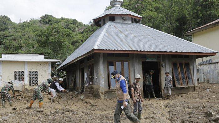 Banjir Bandang Terjang Kebun Kopi di Kampung Batin Baru Bener Meriah