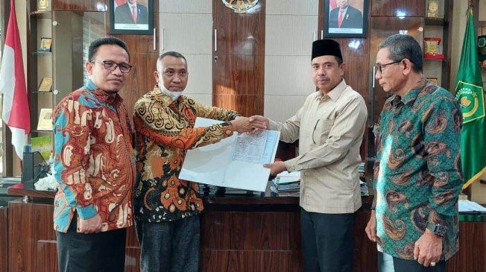 Tingkatkan Mutu Pendidikan, Kadisdikbud Subulussalam Teken MoU PPG PAI dengan LPTK UIN Ar Raniry