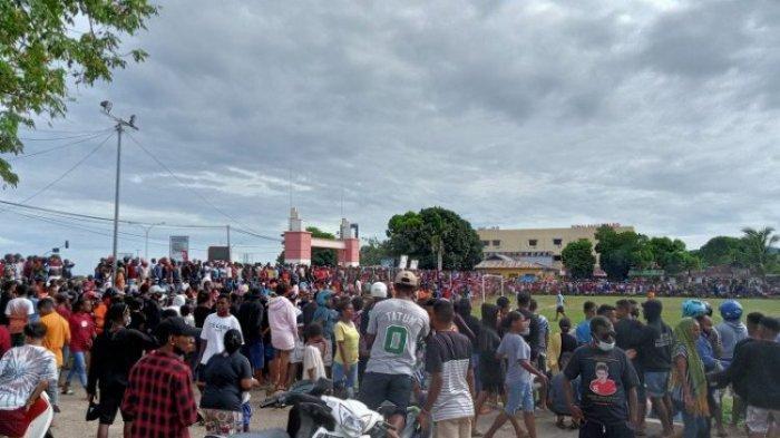 Picu Kerumunan Massa karena Dipadati Penonton, Polisi Bubarkan Pertandingan Sepakbola