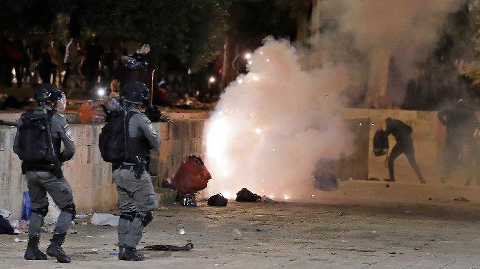 Erdogan Sebut Israel Teroris, Dunia Arab Kutuk Israel Serang Jamaah Palestina di Masjid Al-Aqsa