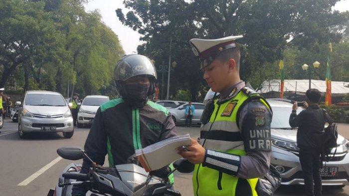 Penunggak Pajak Kendaraan akan Dikenakan Sanksi, Denda Setengah Juta Rupiah hingga 2 Bulan Kurungan
