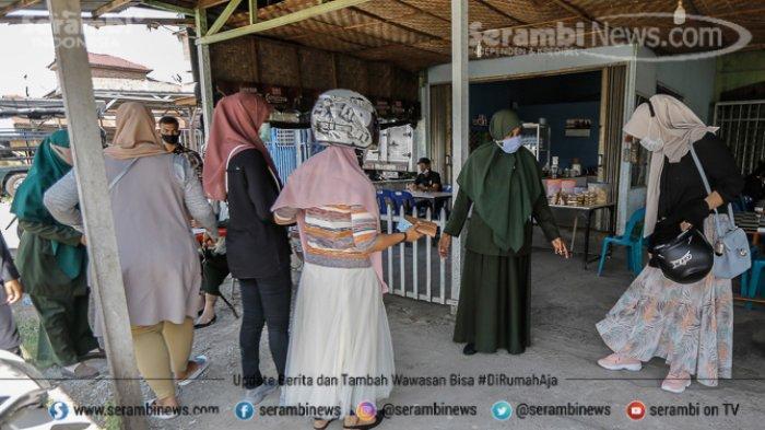 FOTO - Puluhan Pengendara Terjaring Razia Busana Muslim dan Protokol Kesehatan di Lampeuneuruet - polisi-wilayathul-hisbah-wh-4.jpg