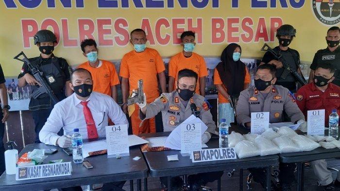 Polres Aceh Besar Bongkar Jaringan Narkoba Internasional, Tangkap 4 Tersangka & Amankan 6,7 Kg Sabu