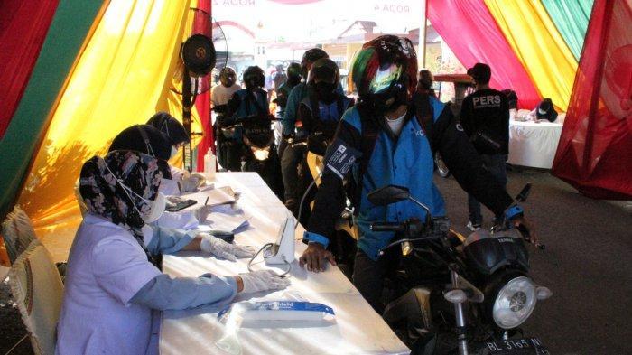 Di Mapolres Lhokseumawe, Warga Nikmati Vaksinasi Secara Drive Thru