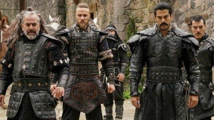 Poster Serial Drama dan Cuplikan adegan serial Drama Turki, Kurulus Osman yang akan tayang di NET. mulai 19 Juli 2021. (Istimewa)