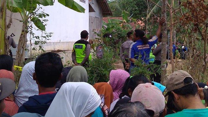 Terungkap Fakta Pembunuhan Satu Keluarga, Jasad Ditumpuk di Kamar Sebelum Dikubur di Bekas Kubangan