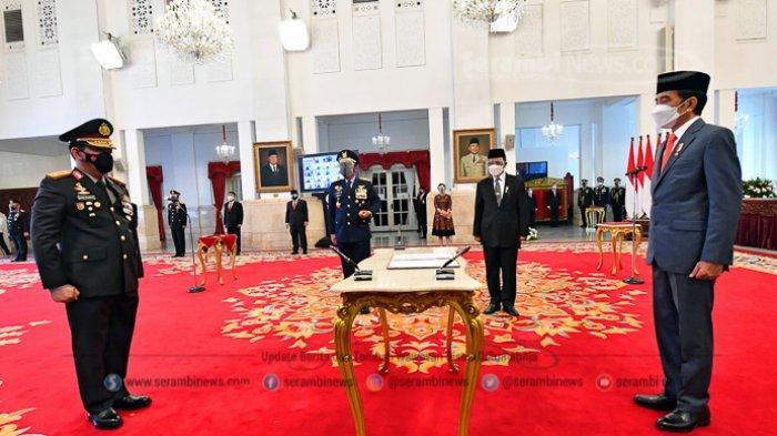FOTO -  Jokowi Lantik Listyo Sigit Prabowo Sebagai Kepala Kepolisian Republik Indonesia - presiden-joko-widodo-melantik-listyo-sigit-prabowo-sebagai-kapolri-6.jpg