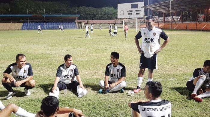 Legend Sigupai Tekuk Hana Club FC