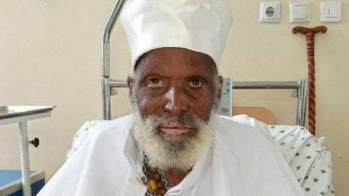 Pria Berusia 114 Tahun Sembuh dari Covid-19, Berdoa Sambil Menangis Meminta Kesembuhan