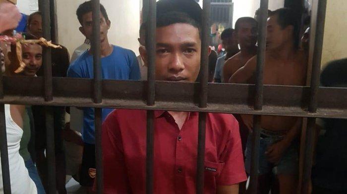 Setelah 16 Jam Kabur, Pria Tusuk Teman Karena Nasehati Istrinya Menyerahkan Diri ke Polisi
