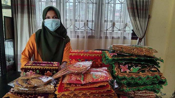 Kerajinan Kain Kasab Sulam Manik Kula Baru Aceh Singkil Laris Manis