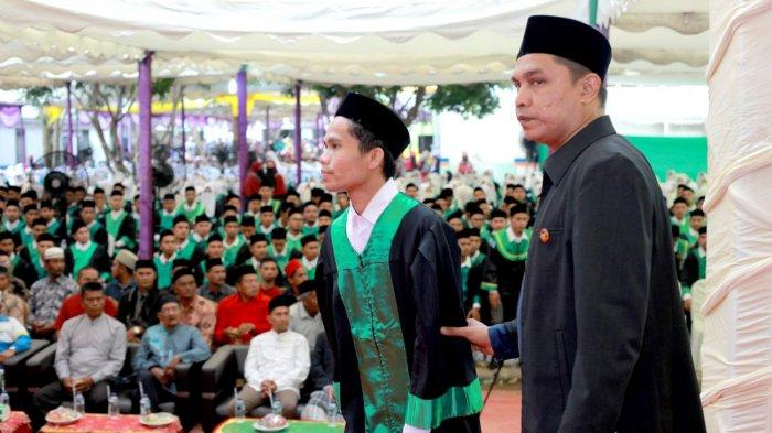 IAI Al Aziziyah Samalanga Bireuen Wisuda 670 Lulusan, 359 Cumlaude