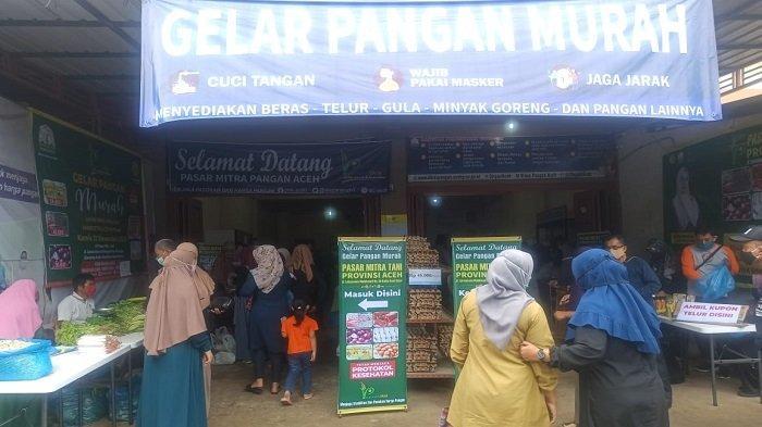 Warga Serbu Pasar Murah Dinas Pangan Aceh, Empat Jam Habis Terjual