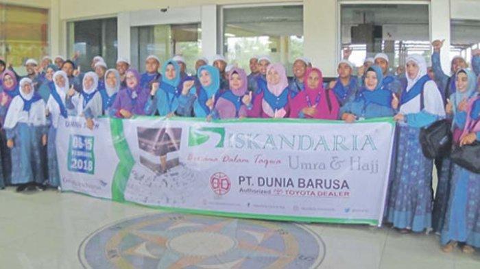 PT Dian Almaaz Wisata Berangkatkan 50 Jamaah Umroh PT Dunia Barusa, Dealer Resmi Toyota Aceh