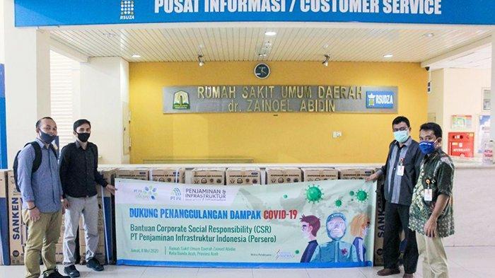 PT PII Berikan Fasilitas Air Minum dan Alat Pelindung Diri (APD) di RSUD dr. Zainoel Abidin Aceh