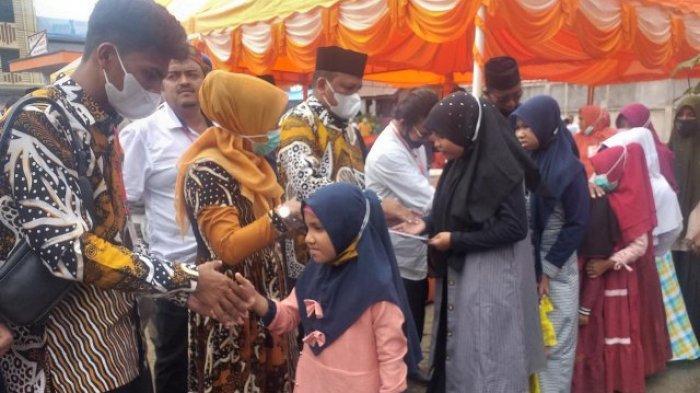 PT Takabeya Perkasa Grup Bireuen Gelar Maulid & Santuni 160 Anak Yatim, Ceramah oleh Tu Sop Jeunieb
