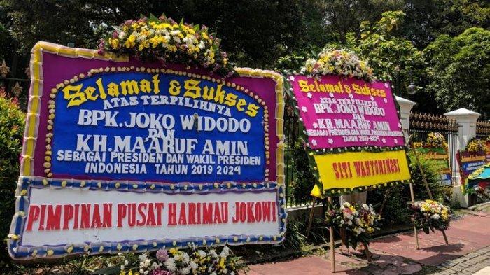 Ucapan Selamat untuk Jokowi-Ma'ruf Amin, Puluhan Karangan Bunga Terpasang di Depan Istana Merdeka