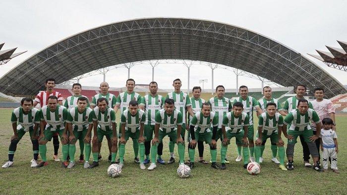 Legend Sigupai Menang atas PAR FC, Dua Gol Diborong Dhien Kallon