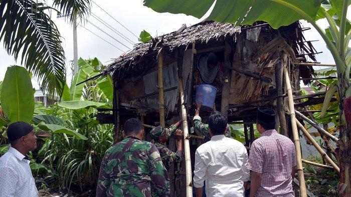 Janda di Gubuk Reyot Dipindahkan ke Rumah Singgah di Nagan Raya