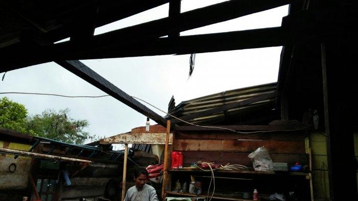 Empat Rumah di Atu Lintang Rusak Diterjang Puting Beliung
