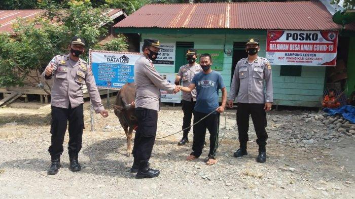 Polres Galus Serahkan Hewan Qurban ke Desa Terpencil, Sudah Tiga Tahun tak Ada Qurban di Desa Lesten