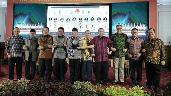 Plt Gubernur Aceh Usul 9 Isu Strategis di Bidang Ekonomi, pada Rakor Gubernur se-Sumatera