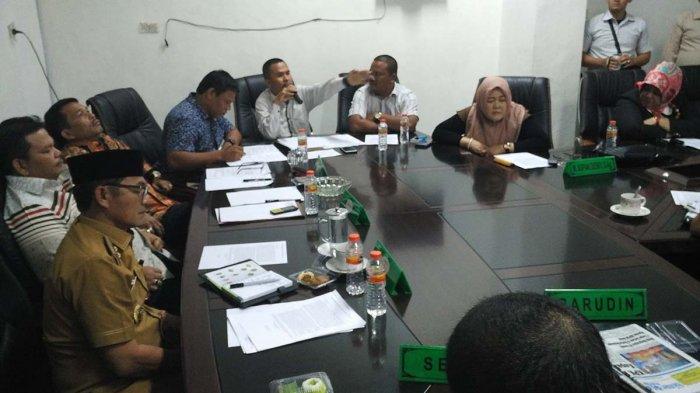 Anggota DPRK Aceh Tenggara Sorot Pemberhentian Personel Satpol PP Dalam RDP