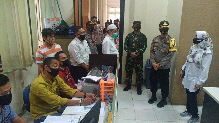Tim Gabungan Razia Kantor Pemerintahan di Aceh Tamiang, Sasar ASN dan Aparat tak Pakai Masker