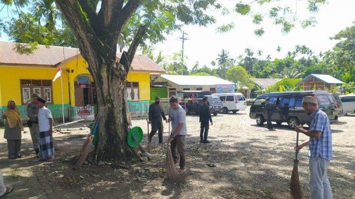 Tak Pakai Masker, 105 Warga Aceh Besar Disanksi Bersihkan Pekarangan Meunasah