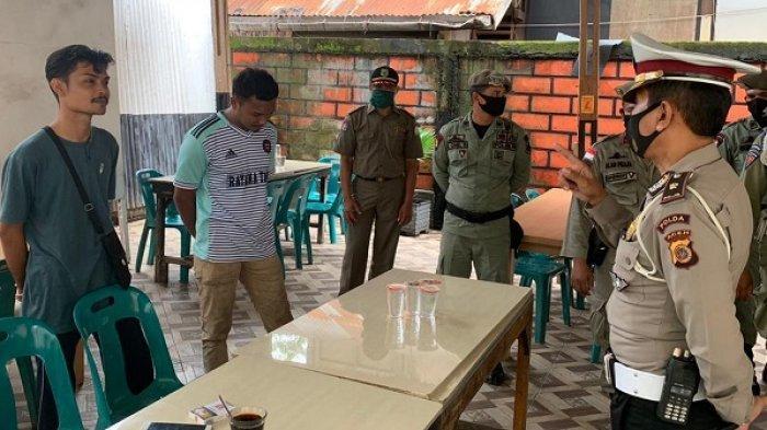 Tertibkan Prokes, Personel Gabungan Sisir Sejumlah Warkop di Banda Aceh, Pelanggar Dikenakan Sanksi