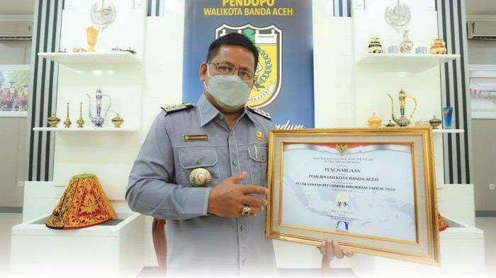 Menpan RB Anugerahi Penghargaan untuk Banda Aceh