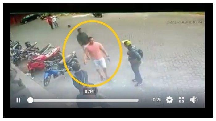 Beredar Rekaman CCTV Anggota TNI AD Kopda Lucky Tewas Dikeroyok 4 Pria Kekar, Warga Tak Berani Lerai