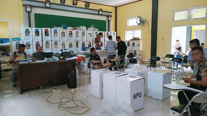 Selesai Direkap, PPK Kembalikan 1.241 Kotak Suara dari Tujuh Kecamatan ke KIP