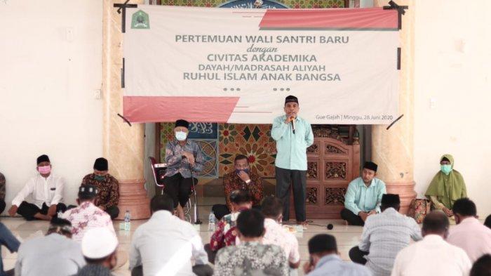 Dayah Madrasah Aliyah RIAB Sambut Kedatangan 247 Santri Baru