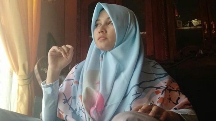Rikha Purnama Sari, Lulusan Terbaik Fakultas TarbiyahIAI Almuslim yang juga Pelatih Tari