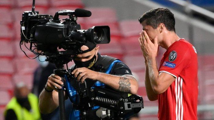 FOTO - Selebrasi Bayern Muenchen Juara Liga Champions Musim 2019-2020 - robert-lewandowski-merayakan-kemenangan.jpg
